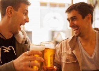 Mẹo Uống Bia Không Say Bạn Phải Biết